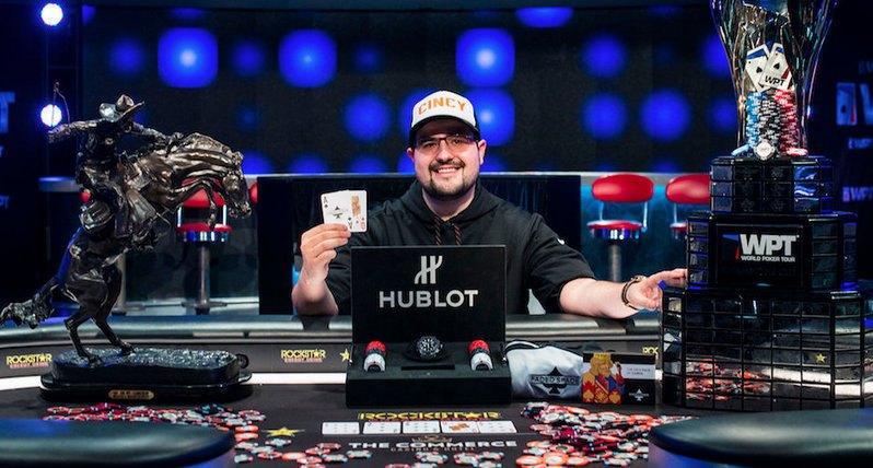 Известен покер играч беше осъден на 6,5 години във федералния затвор